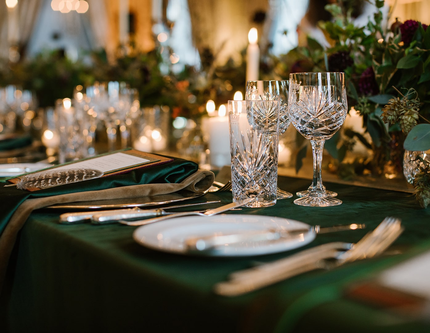 Christmas table setting, dromoland Castle, Christmas table, Christmas decorations, Destination Wedding Ireland, Event Planner in Ireland